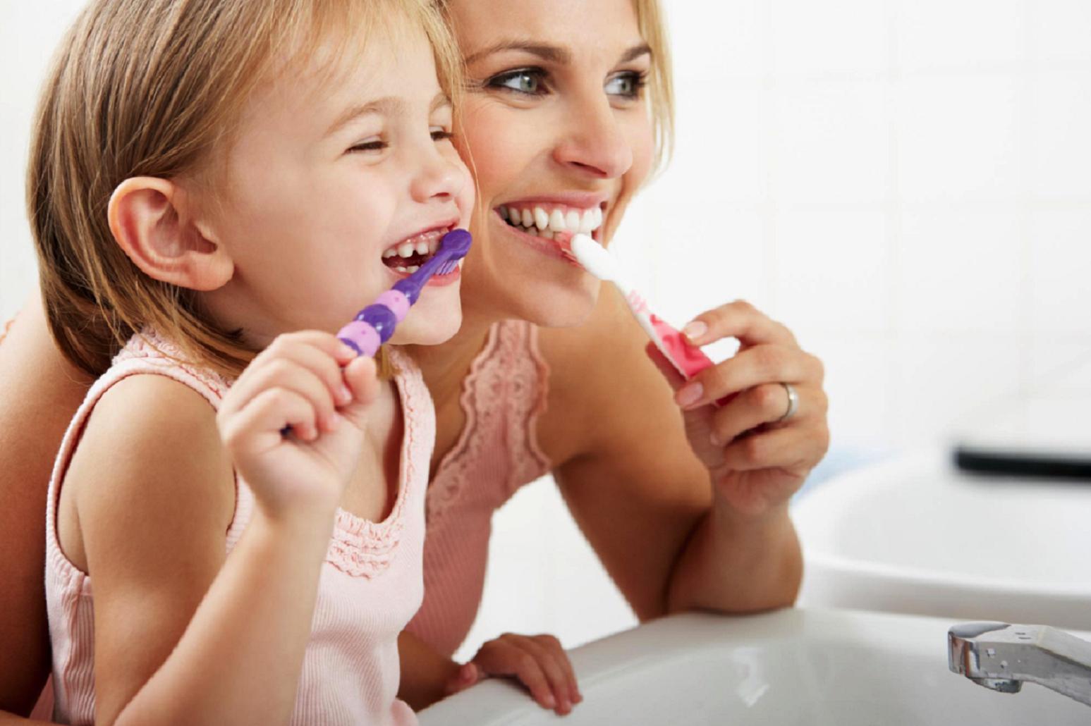 Контролируйте здоровье зубов своего ребенка